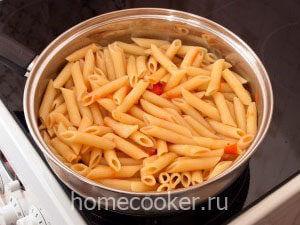 Добавляем макароны