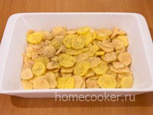 Dobavlyaem spetsii 3 300x225 Картофель с сыром