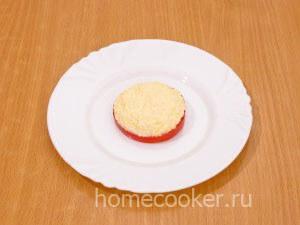 Готовые помидоры с сыром и чесноком