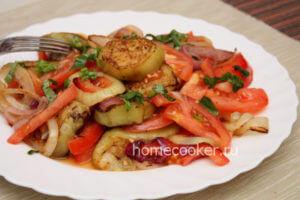gotovyj-salat-iz-baklazhanov-i-pomidorov