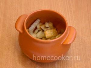 Kartoshka v gorshochke 300x225 Мясо в горшочках с картошкой