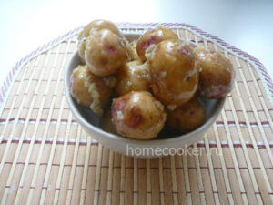 Kartoshka v souse 300x225 Запеченная картошка
