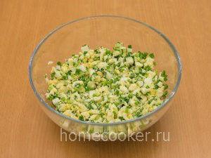Nachinka dlya pirozhkov 300x225 Пирожки с луком и яйцом