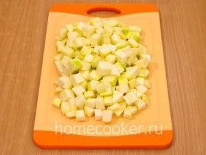 Narezannye kabachki 1 300x225 Овощное рагу