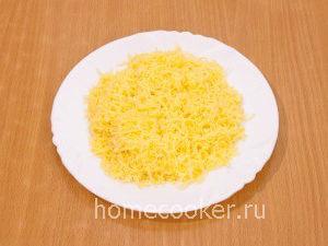 Natertyj syr 10 300x225 Бутерброды со шпротами