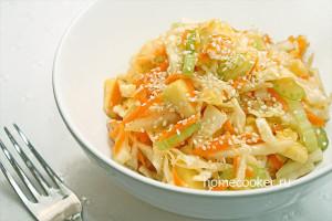Salat iz kapusty 300x200 Салат из капусты
