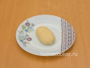 Сырой дрожжевой пирожок